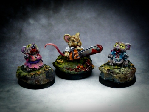 01512 Chainsaw Mousling and Zombies