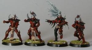 Con Eldar Oscuros de WH40K se pueden hacer unos Elfos Oscuros excelentes para Blood Bowl